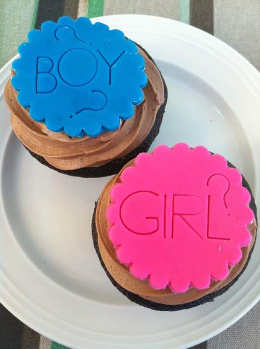 boy girl cakes